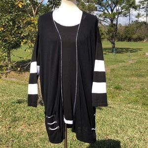 BLACK & WHITE 2 PC. LACE UP BACK TOP & DUSTER